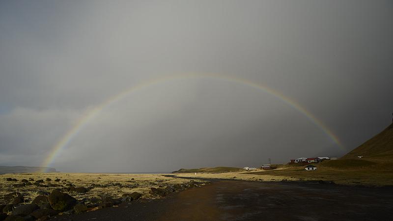 Reynisdrangar Regenbogen