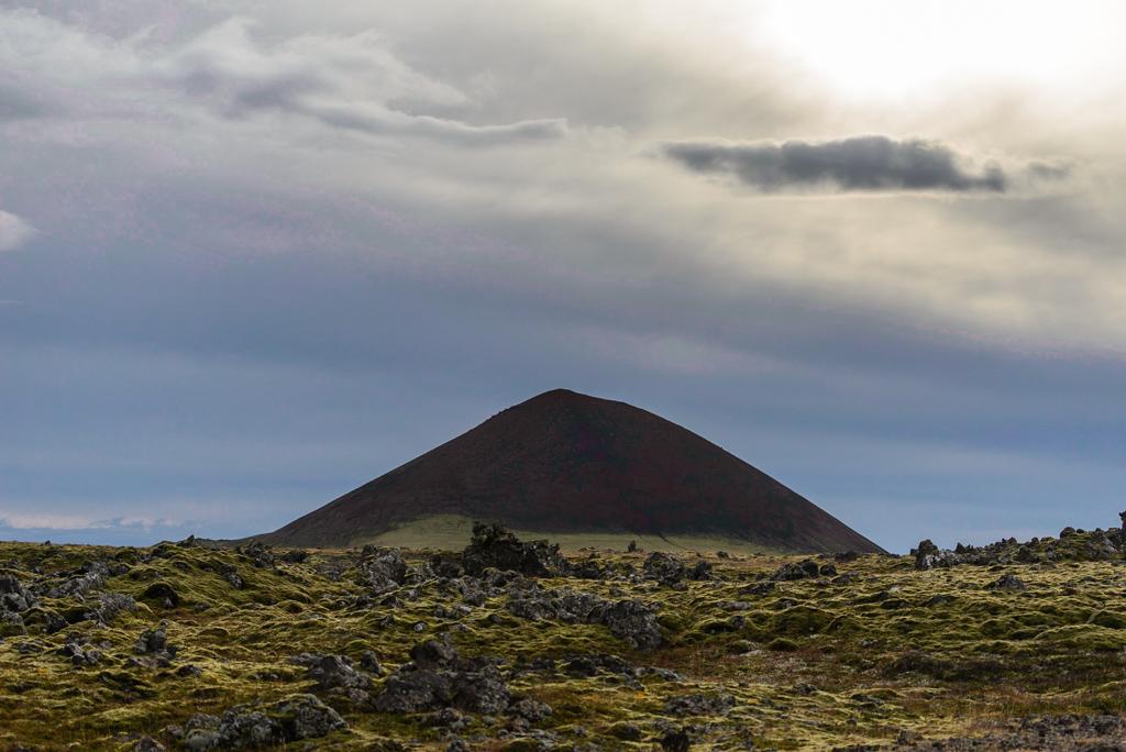 Ytri Raudamelskulur Ytri Rauðamelskúlur